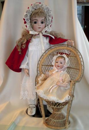 Unique Dolls and Toys Museum