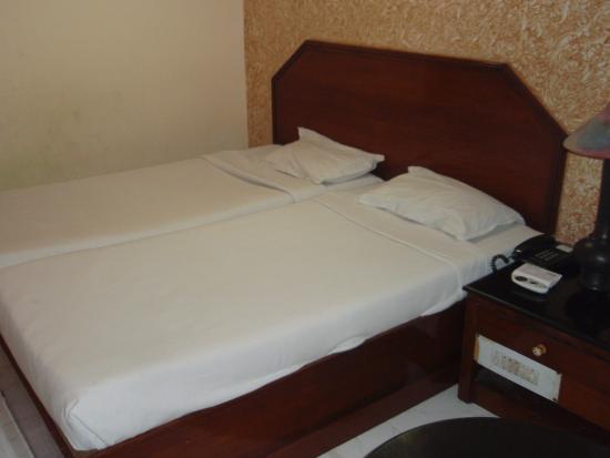 Hotel Ganga Ratan: 客室①