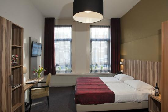Hotel Asterisk: room