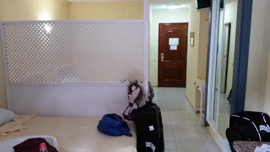 Apartments Pez Azul : Zimmer Eingangsbereich