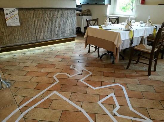 Hosteria Del Castello: Allestimento per ''cena con delitto''