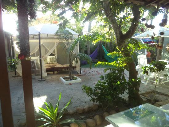 Hostel Marina dos Anjos: Um dos ambientes para leitura e descanso.