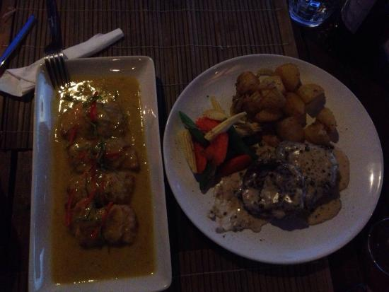 Noon Sunset View Point Restaurant : Fish fillet in curry sauce and steak with potatoes both delicious :)