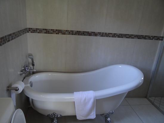 Stone Olive Guest House : badkamer
