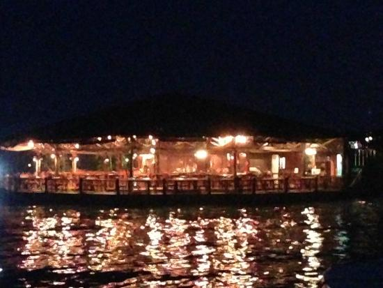Sipadan Water Village: Dining Area at night