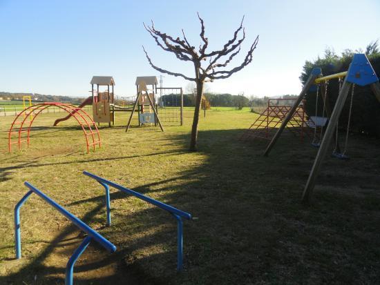 Sant Gregori, Espagne : Parte del parque infantil, de los mejores que he visto en un restaurante
