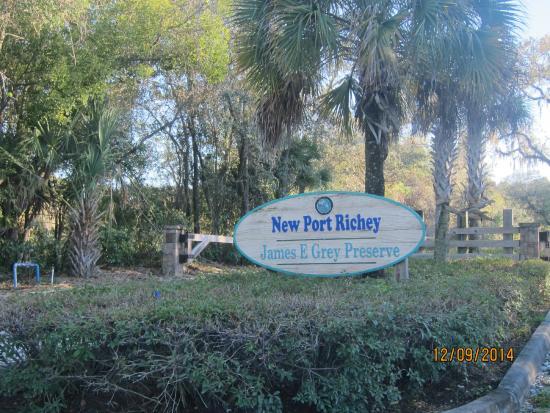 James E Grey Preserve : entry sign