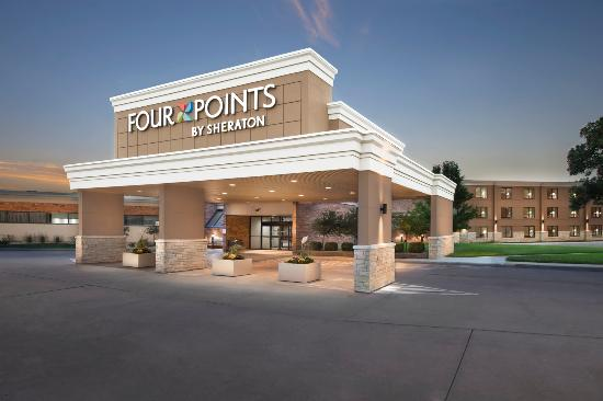 Four Points by Sheraton Manhattan: Hotel Exterior- Front