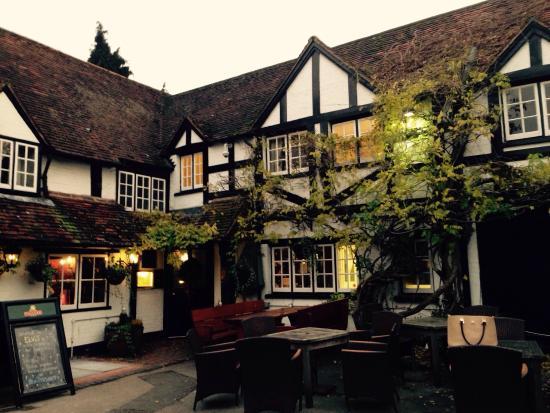 The Bull Inn Restaurant: A lovely gem in Sonning