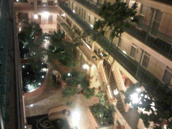 Embassy Suites by Hilton Hotel Los Angeles International Airport South: Vista desde el quinto piso