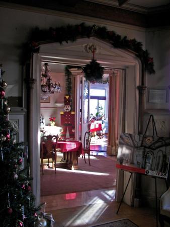 Kips Castle Dining Room Entrance