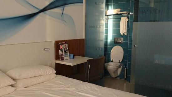 Gezellig Toilet Photo De Hotel Mercure Paris Gare Du Nord