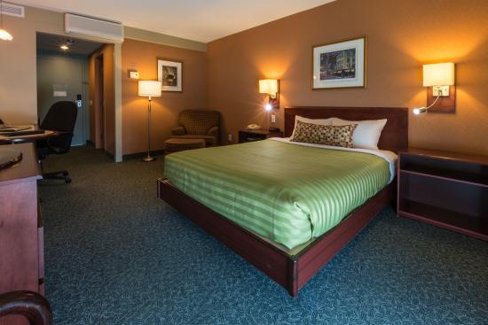 Hotel & Suites Normandin: Chambre Régulière 1 lit Queen