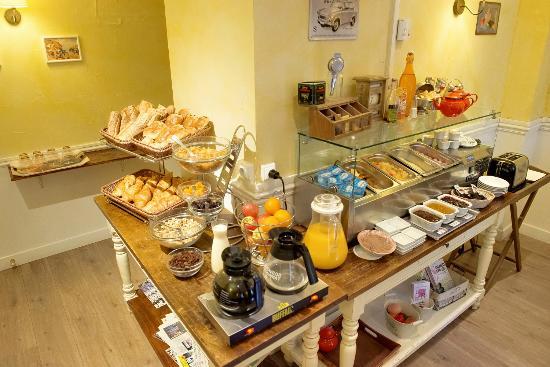 Hôtel Orly : Petit-Déjeuner Buffet