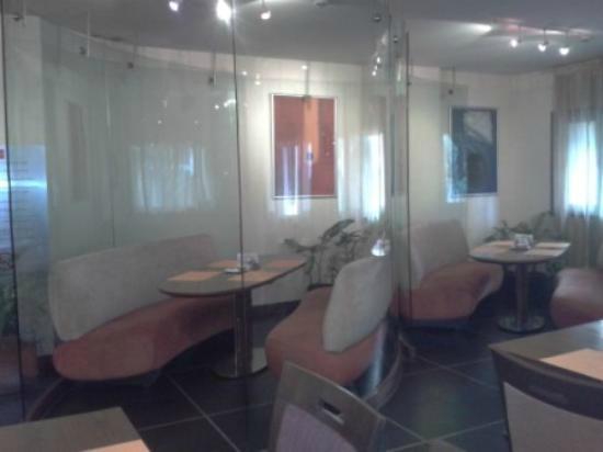 Hotel Studio Estique: Cabin in Restaurant
