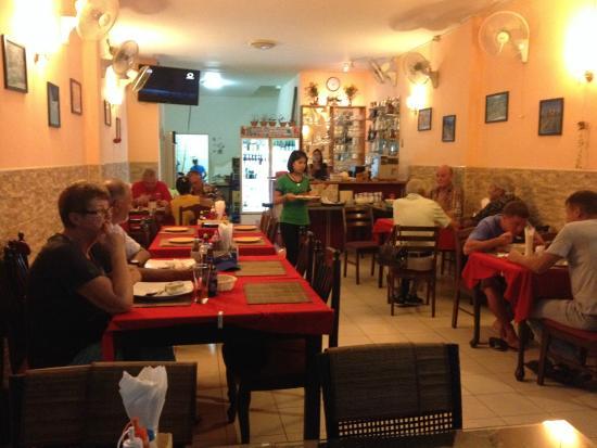 Helvetia Kata Beach: Helvetia Restaurant