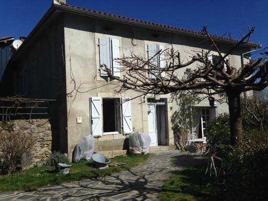 Maison Cadet: Front entrance