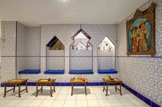 sallon de th picture of hammam stalingrad paris tripadvisor. Black Bedroom Furniture Sets. Home Design Ideas