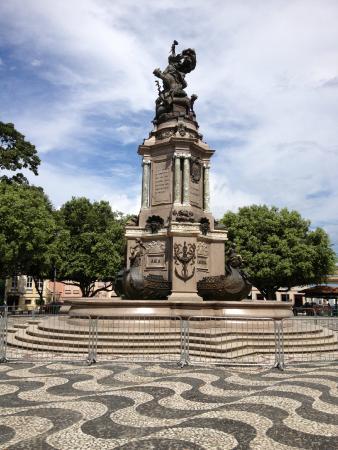 Monumento a Abertura dos Portos as Nacoes Amigas