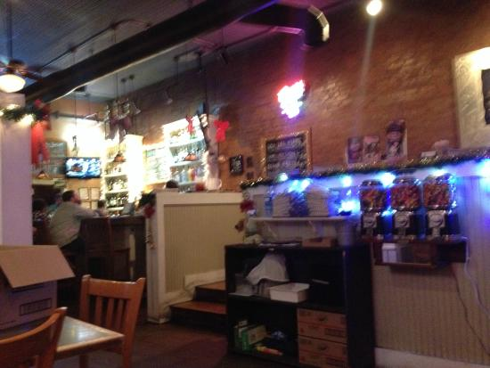 Big Fish Seafood Grill & Bar: Big Fish on Main