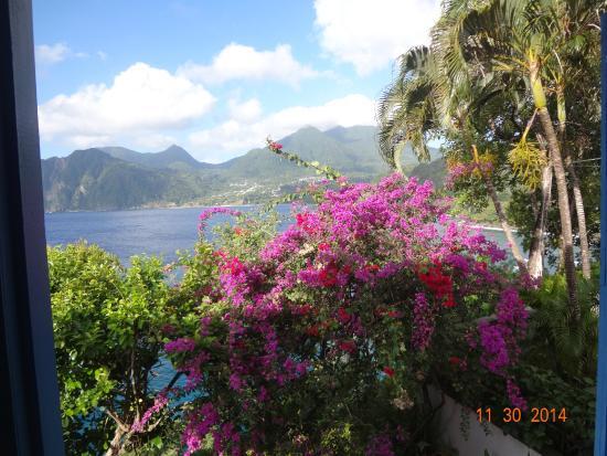 Zandoli Inn: View from the room onto the bay.
