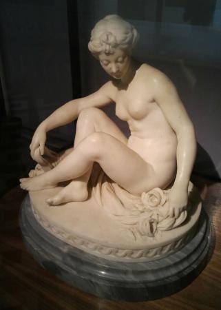 Musee Cognacq-Jay: Marble statue of a seated Venus by Jean-Pierre Antoine Tassaert (1727-1788)