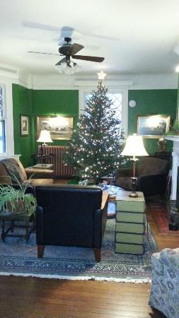 Inn at Lake Joseph: Christmas time at Inn @ Lake Joseph