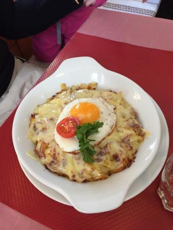 Cafe Alpenblick : Les meilleurs röstis qu'on a mangé !
