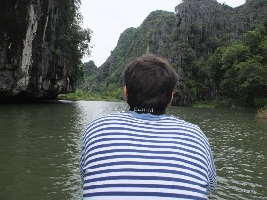 """VietnamStay: En el rio Tam Coc o """"la Halong seca"""""""