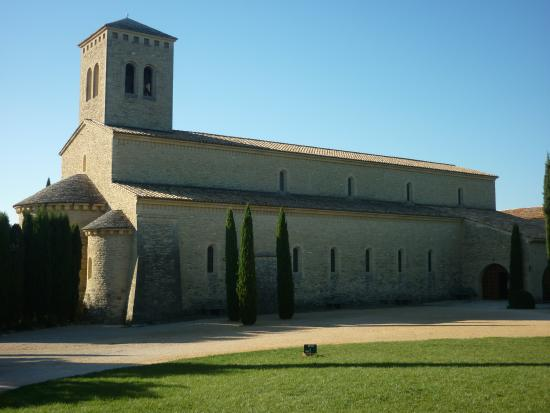 Les Geraniums : L'Abbaye Sainte-Madeleine