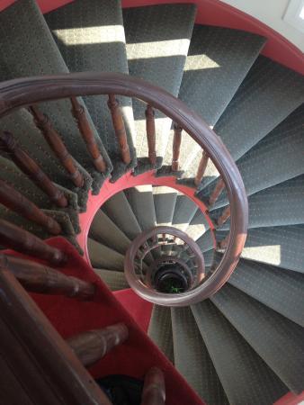 Hotel Brexton: five story circular stairway