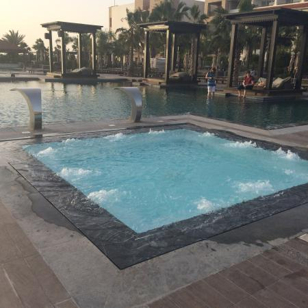 outdoor jacuzzi next the pool picture of hotel riu. Black Bedroom Furniture Sets. Home Design Ideas