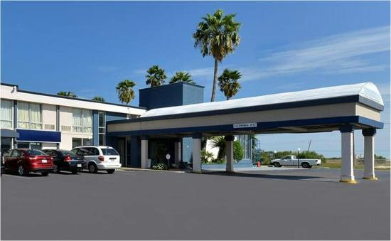 Photo of Super 8 Corpus Christi Airport