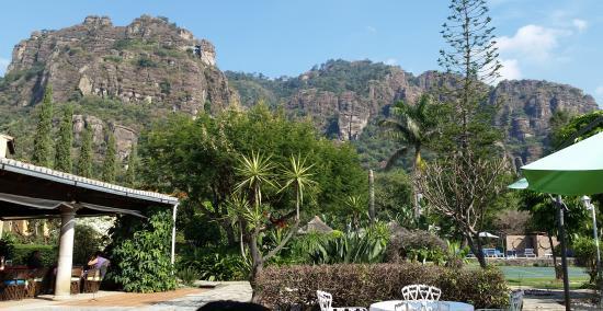 Hotel Amatlan de Quetzalcoatl : Es un pueblo y lugar mágico
