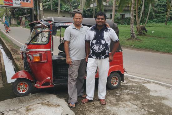 Son Tours Sri Lanka-Day Tours: Manoj & Upul