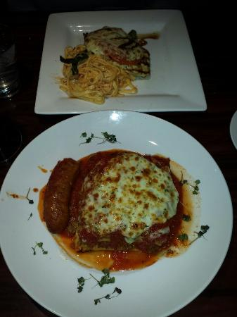 Gaetano's Restaurant: Chicken  Capresee & Lasagna.