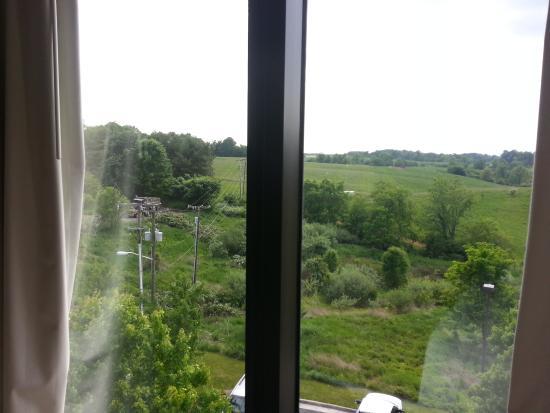 Holiday Inn Express & Suites Blacksburg - University Area: Vista desde la habitación