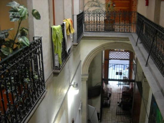 Mexico City Hostel: La entrada