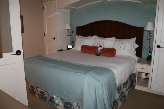 The Elms Hotel and Spa : Great bedding