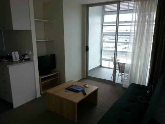 Proximity Apartments Manukau : Room 1603: Living Room