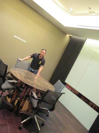 SO Sofitel Bangkok: ห้องประชุมชั้น12 สำหรับลูกค้า บัตรWISDOM มาใช้บริการได้ครับ