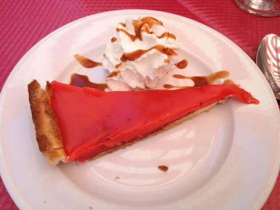 Le Petit Flore : pink flambee tart