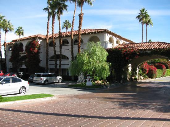 Best Western Plus Las Brisas Hotel Palm Springs