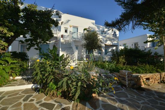Birikos Studios: Garden