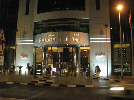 Towers Rotana : Front of hotel