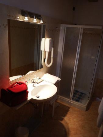Hotel Daniela: bagno