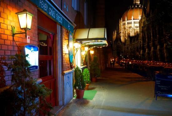 Gyűrű Pub