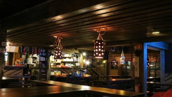 Saariselka Inn : The rustic bar