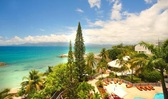 Karibea Beach Resort Gosier: Karibea-beach-resort Gosier -hotel clipper hotel salako résidence prao - vue du site