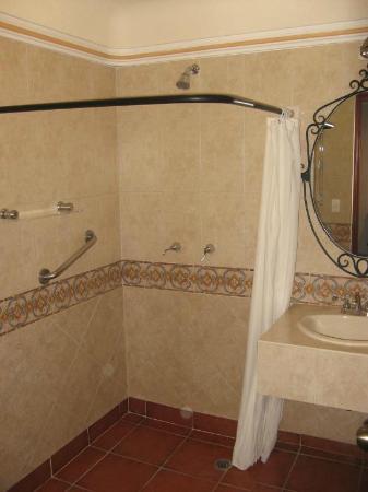 Hotel Boutique Parador San Miguel Oaxaca: Shower/bathroom